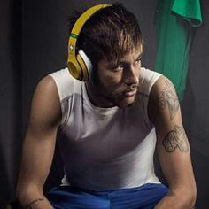 Neymar jr Soccer Quotes, 22 Years Old, Neymar Jr, Fc Barcelona, Football Players, Messi, Ham, My Love, Sports