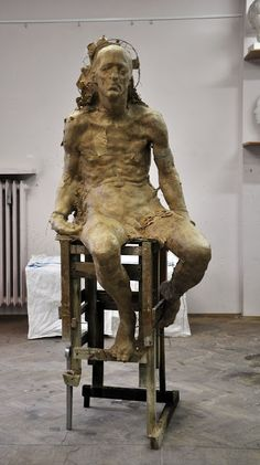 Grzegorz Gwiazda : listopad Potential for a reference live model. Human Sculpture, Abstract Sculpture, Sculpture Art, Ceramic Sculpture Figurative, Figurative Art, Family Sculpture, Anatomy Sculpture, Art Du Monde, Contemporary Sculpture