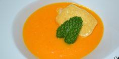 Crema de calabaza y zanahorias con queso de cabra.