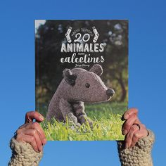 20 animales con calcetines via Lalala Toys. Click on the image to see more!