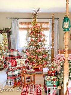 Christmas House Lights, Christmas Tree Farm, Cozy Christmas, Country Christmas, Beautiful Christmas, Vintage Christmas, Christmas Holidays, Christmas Decorations, Country Holidays