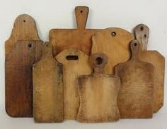 9 antique wooden cutting boards from the late and early centuries.i have a lifelong love affair with antique & vintage cutting boards Diy Cutting Board, Wood Cutting Boards, Chopping Boards, Wood Boards, Primitive Antiques, Vintage Antiques, Vintage Wood, Wooden Bread Board, Found Art