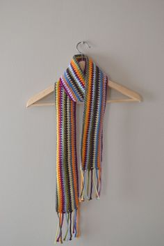 I made this scarf a long time ago...maybe 3 years back. Anyway, I listed it in my Etsy shop and recently someone asked how to make it. ...