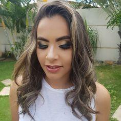 Make-up e hair para  @flaaviamaartins  #maquiagemx #maquiagemartistica #maquiagembrasill #makeup #make #atelierparis #makeupforever #macpro #nyx  #maccosmetics #mac #marykay #marykaybrasil #kryolan #salinas #hairpost #beautiful #like4like #instagood #cute #best #waves #hair #hairdresser  #danybeautyhair #montereylocals #salinaslocals- posted by Dany Cobarbo Beauty&hair https://www.instagram.com/dannybeautyhair - See more of Salinas, CA at http://salinaslocals.com