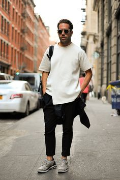 White shirt sunglasses jeans sneakers streetstyle fashion men tumblr beard bag backpack