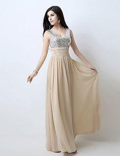 Γραμμή Α Λαιμόκοψη V Μακρύ Σιφόν Φανταχτερό Επίσημο Βραδινό Φόρεμα με  Πούλιες   Ζώνη   Κορδέλα   Πλισέ με TS Couture® b4bde33bb0f
