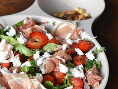 Super Healthy Sunday: Salade met aardbei, geitenkaas en parmaham