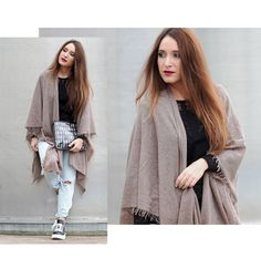 #fraas #nissimendes #fashion #cape #poncho store.fraas.com