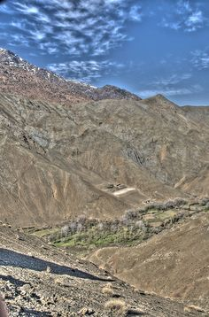 Beautiful Atlas Mountains - http://www.travelandtransitions.com/destinations/destination-advice/africa/morocco-travel-map-things-todo/
