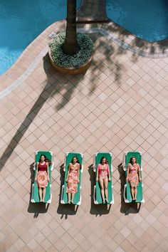 poolside ladies