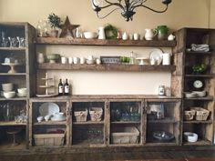 Vegas Casinos - Restaurants and Retail Stores NEED MY VINTAGE CRATES