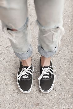 13b4f770866 Ripped jeans and Vans are California classics. Girls Sneakers