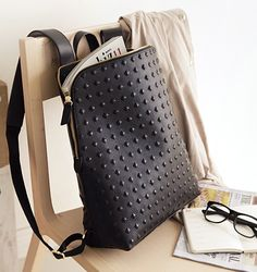 Korea Leather Bag Shopping Mall [BAGSHOES] Holic Stud Backpack / Price : 262.66 USD #premiumbag #brandstyle #korea #bag #fashion #style #luxury #leatherbag #backpack #luxurybag
