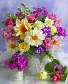 Send birthday flowers from a real Roanoke, VA local florist. George's Flowers has a large selection of gorgeous floral arrangements and bouquets. We offer flower deliveries for birthday flowers. Bright Flowers, Exotic Flowers, Fresh Flowers, Spring Flowers, Beautiful Flowers, Spring Bouquet, Flowers Gif, Elegant Flowers, Ikebana