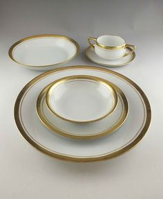 Hutschenreuther  Favorite  China Service & HUTSCHENREUTHER Gelb Luxury Dinnerware CHINA Set for 8 Baveria ...