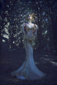 1512483_588174147904183_677515512_n.jpg 640×960 pixels Photographer: Aili Jian Hair: Jeru Weaver Makeup: Nikki Feng Designer: Lacey Bannister (Straight-Laced Boutique) Model: Michelle Grey Performing Artist