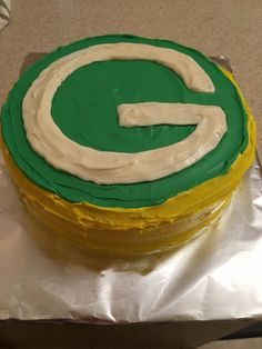 My friend Michelle is a HUGE Green Bay fan. I made this for her as a surprise. Green Bay, Fan, Cakes, Desserts, Tailgate Desserts, Scan Bran Cake, Kuchen, Dessert, Postres