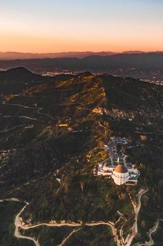 Los Angeles Griffith Observatory via losangelesaerial California Feelings
