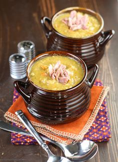 Slow Cooker Split Pea Soup with Ham.