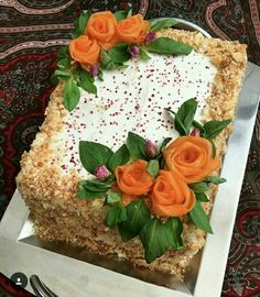 تزیین کیک مرغ Amazing Food Decoration, Food Bouquet, Candy Drinks, Food Carving, Sandwich Cake, Food Garnishes, Salty Cake, Square Cakes, Iranian Food