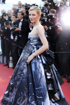 Cate Blanchett was stunning in a strapless celestial print Giles gown at the May 17 premiere of Carol