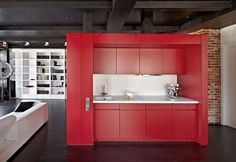 Small minimalist red kitchen Apartment Renovation in Moscow by Studioplan - Home Decorating Trends - Homedit Eclectic Kitchen, Farmhouse Style Kitchen, Apartment Renovation, Apartment Design, Studio Apartment, Apartment Ideas, Red Kitchen Cabinets, Black Countertops, Italian Home