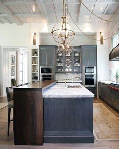 80 Dream Kitchen Models That Look Luxurious For Your Kitchen Decoration Inspiration 9 ~ Top Home Design Kitchen Ceiling Design, Best Kitchen Design, Kitchen Ceiling Lights, Kitchen Lighting, Ceiling Lighting, Kitchen Designs, Ceiling Ideas, Wood Kitchen Cabinets, Kitchen Countertops