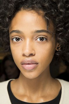 Derek Lam Fall 2016 Ready-to-Wear Fashion Show Beauty Cool Short Hairstyles, Best Short Haircuts, Winter Hairstyles, Short Hair Cuts, Short Hair Styles, Afro, Latest Hair Trends, Show Beauty, Glamour Uk