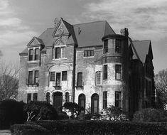 Roseland Manor