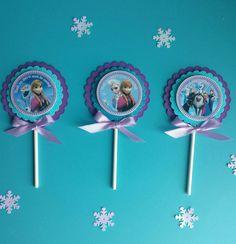 This Price is For A single Cupcake topper! Frozen Birthday Theme, Frozen Theme Party, 1st Birthday Parties, Frozen Cupcake Toppers, Frozen Cupcakes, Frozen Braid, Princess Anna Frozen, Disney Frozen Party, Princess Theme Party
