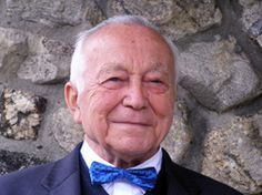 Rudolf Graichen was a Jehovah's Witness who survived the holocaust. http://www.alst.org/pages-us/education/classroom-questions/rudolf-graichen-classroom-question2.html#
