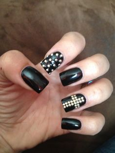 Black nail art, Inspired by Yasmine Nousseir