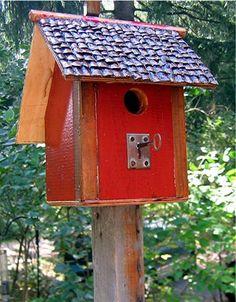 435C recycledbirdhouses.com