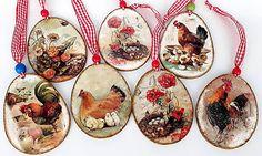 Na dvore -drevené veľkonočné vajíčka Decoupage Ideas, Exploding Boxes, Egg Decorating, Easter Crafts, Folk Art, Decorative Plates, Diy, Xmas, Bricolage