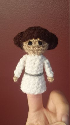 Princess Leia Crochet Finger Puppet Pattern,  Star Wars Finger Puppet Pattern, Star Wars Crochet by TinyButMightyHearts on Etsy