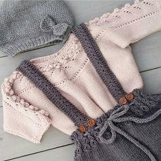 """752 Likes, 26 Comments - @frokenstrikkepinne on Instagram: """"#knittingforolive #klompelompe @knittingforolive #blåbærbluse #barnestrikk #jentestrikk…"""""""