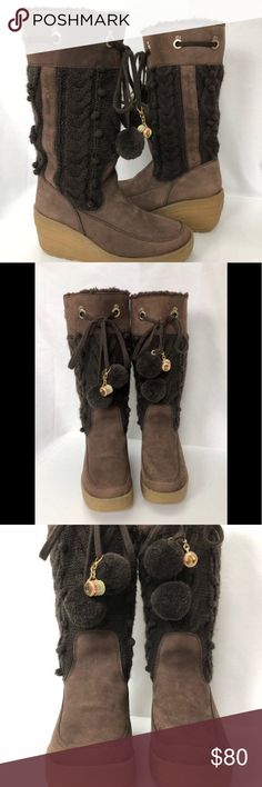 c417b1bf8055 ⬇  85 Juicy Couture Snow Bunny Chocolate Knit Boot Pre-owned like new used