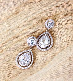 Bridal Earrings Wedding Jewelry Crystal Wedding Earrings Silver Round Halo Earrings Cubic Zirconia Dangle Drop Earrings Bridal Jewelry