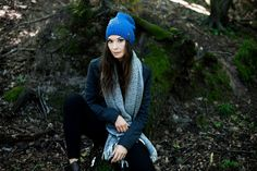 Streetwear beanie and soft scarf with fringes.  #scarf #beanie Szaleo.pl   Be new fashioned & accessorized!