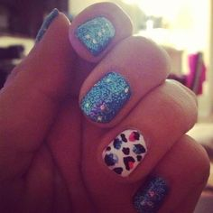 animal print and glitter nails