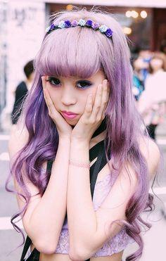Pastel lilac hair... cute!