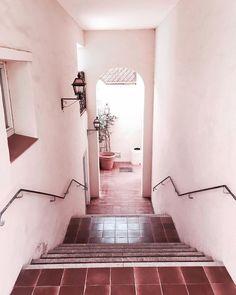 "Pink Inspiration - auf Instagram: ""Heaven 🦄 #italygram #italy #sardegna #sardinia #prettyentrance"" Sardinia, Entrance, Pink, Stairs, Italy, Inspiration, Instagram, Pretty, Travel"