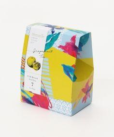 グレープフルーツティー Dessert Packaging, Pouch Packaging, Food Packaging, Brand Packaging, Coffee Shop Branding, Coffee Packaging, Menu Design, Box Design, Packaging Design Inspiration