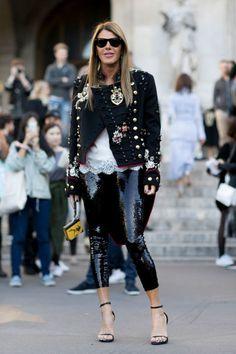 Attendees at Paris Fashion Week Spring 2017 – Street Fashion – Fashion Trends 2019 Star Fashion, Love Fashion, Autumn Fashion, Fashion Outfits, Womens Fashion, Fashion Design, Fashion Trends, Fashion Inspiration, Paris Street Fashion