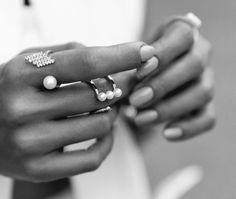 Cancer: Sky Blue - Horoscope Nail Art Ideas Perfect For Each Zodiac Sign - Photos Poses Modelo, Jewelry Accessories, Fashion Accessories, Fashion Jewelry, Hair Jewelry, Jewelry Trends, Jewelry Photography, Blue Nails, Lilac Nails