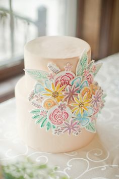 pastel wedding cake with painted flowers accents - photo by Vicki Bartel Photography Whimsical Wedding Cakes, Metallic Wedding Cakes, Beautiful Wedding Cakes, Gorgeous Cakes, Wedding Cake Designs, Pretty Cakes, Cute Cakes, Awesome Cakes, Purple Wedding