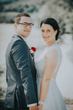 Top Wedding Trends, Wedding Tips, Wedding Ceremony, Bridesmaid Gifts, Wedding Accessories, Perfect Wedding, Photographers, Wedding Decorations, Groom
