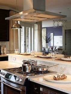 37 trendy kitchen island with stove and oven back splashes Kitchen Island With Cooktop, Island Cooktop, Kitchen Island Decor, Modern Kitchen Island, Kitchen Island With Seating, Kitchen Stove, Diy Kitchen, Kitchen Islands, Kitchen Ideas