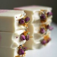 Linda O'Sullivan (also known as Mimi and Boo) creates stunning cold process soap and bath fizzies in Body Tutorial, Bath Fizzies, Homemade Soap Recipes, Cold Process Soap, Sweet Almond Oil, Belleza Natural, Home Made Soap, Cocoa Butter, Bar Soap