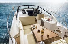 ---- #NOVITA' #--------    BAVARIA 300 SPORT #OPEN  Stato: #nuovo  Anno: #2015  Lungh: 8,50 #mt  Largh: 2,99 #mt  Peso: 4700 #kg  Serb #carburante: 520 #lt  Serb. #acqua: 120 #lt  Portata ... #annunci #nautica #barche #ilnavigatore